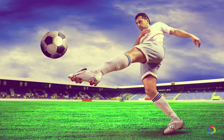 Download Amazing Football Sports Ultra Hd Wallpaper Free Hd Widescreen Wallpaper Or High Definition Widescreen Wallpapers Hd Wallpaper Sports Wallpapers Sports