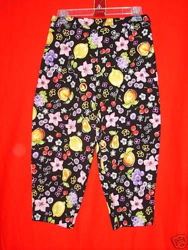 """Sz SP CAPRIS BRIGGS PETITE Black Bright Fruit Flowers 19"""" Inseam 28"""" Waist"""