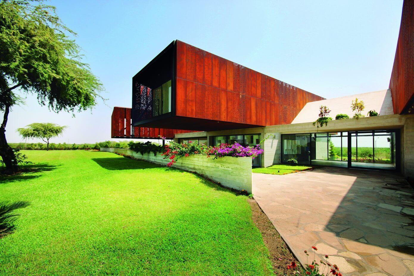 Wer auf moderne Baustile steht, wird sich garantiert sofort in ...