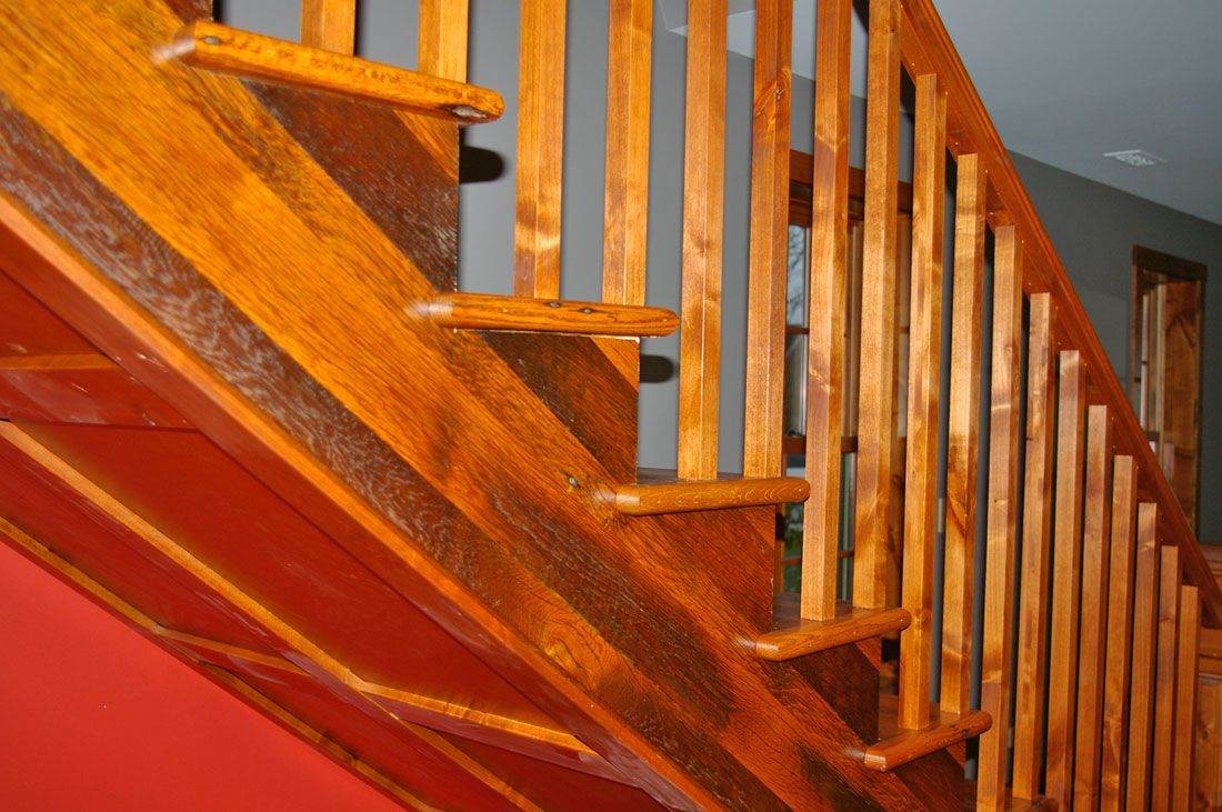 Best Barn Board Oak Stair Treads Oak Stairs Stairs Wood Stairs 400 x 300