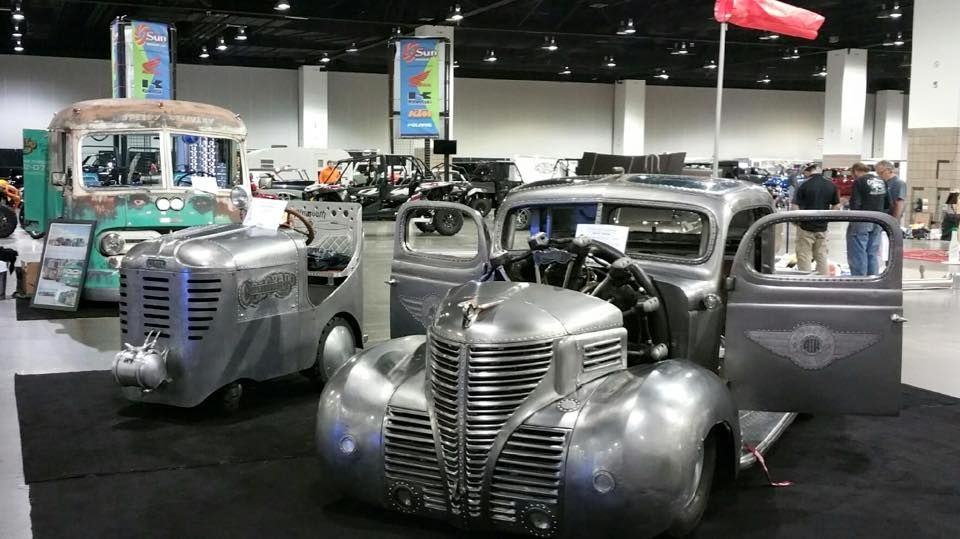 Plymouth Truck With A 757 Ci Jacobs R755a2 Radial Aircraft