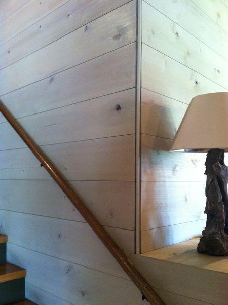 wood plank wall corner detail Boys bathroom Pinterest Nook - paredes de madera