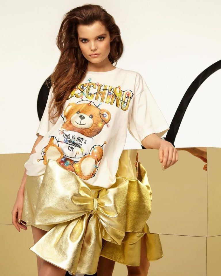 95624f3c25f Michelle Van Bijnen shines in gold for Moschino Teddy Holiday 2018 campaign