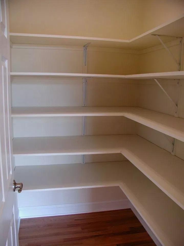 36+ DIY Farmhouse Pantry Shelves #farmhousedecor #farmhouseideas #diyfarmhouse ~ Home Design Ideas #pantryshelving