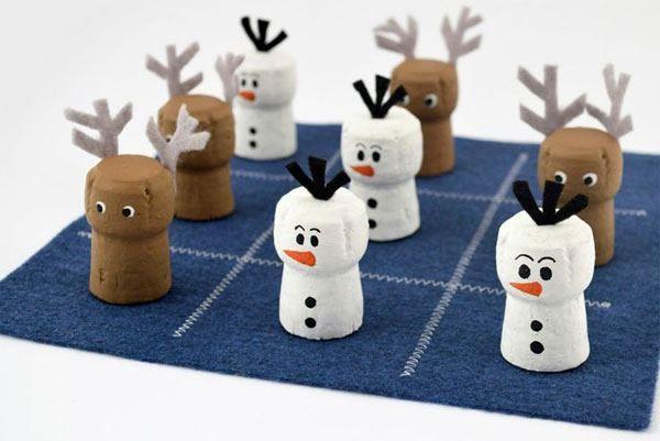 Decorazioni Natalizie Con I Tappi Di Sughero.Decorazioni Natalizie Con Tappi Di Sughero 15 Idee Decorazioni Natalizie Idee Natale Fai Da Te Bambini E Tappi Di Sughero