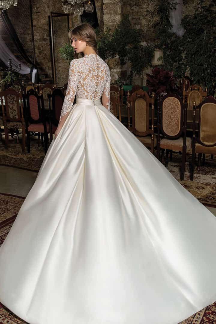 los nuevos vestidos de novia 2019 de la firma cosmobella | banalidad