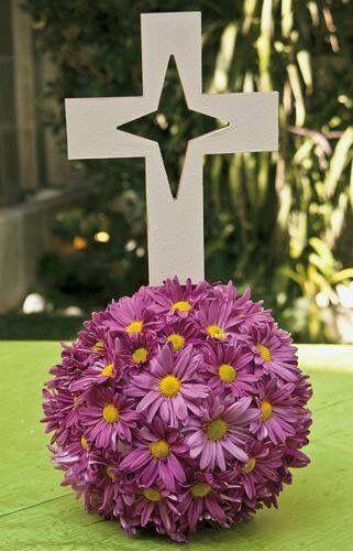 Topiario con cruz para primera comunion