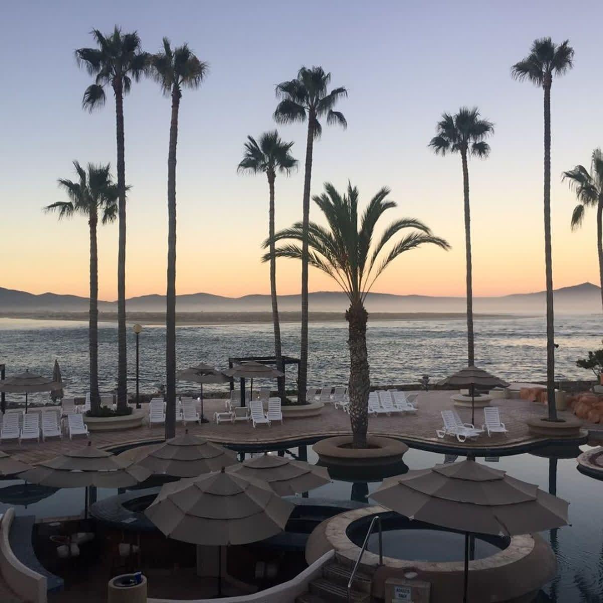 Si necesitas descansar y relajarte junto al mar Estero Beach Hotel  Resort es el lugar ideal para ti Que tus siguientes vacaciones sean en Descubre más visitando A...