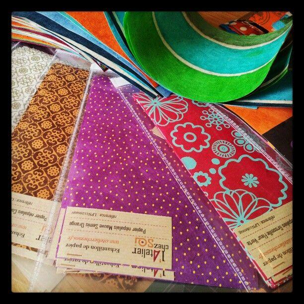 Des échantillons de nos jolis papiers sont en préparation.... http://www.atelierchezsoi.fr/store/Papier-nepalais