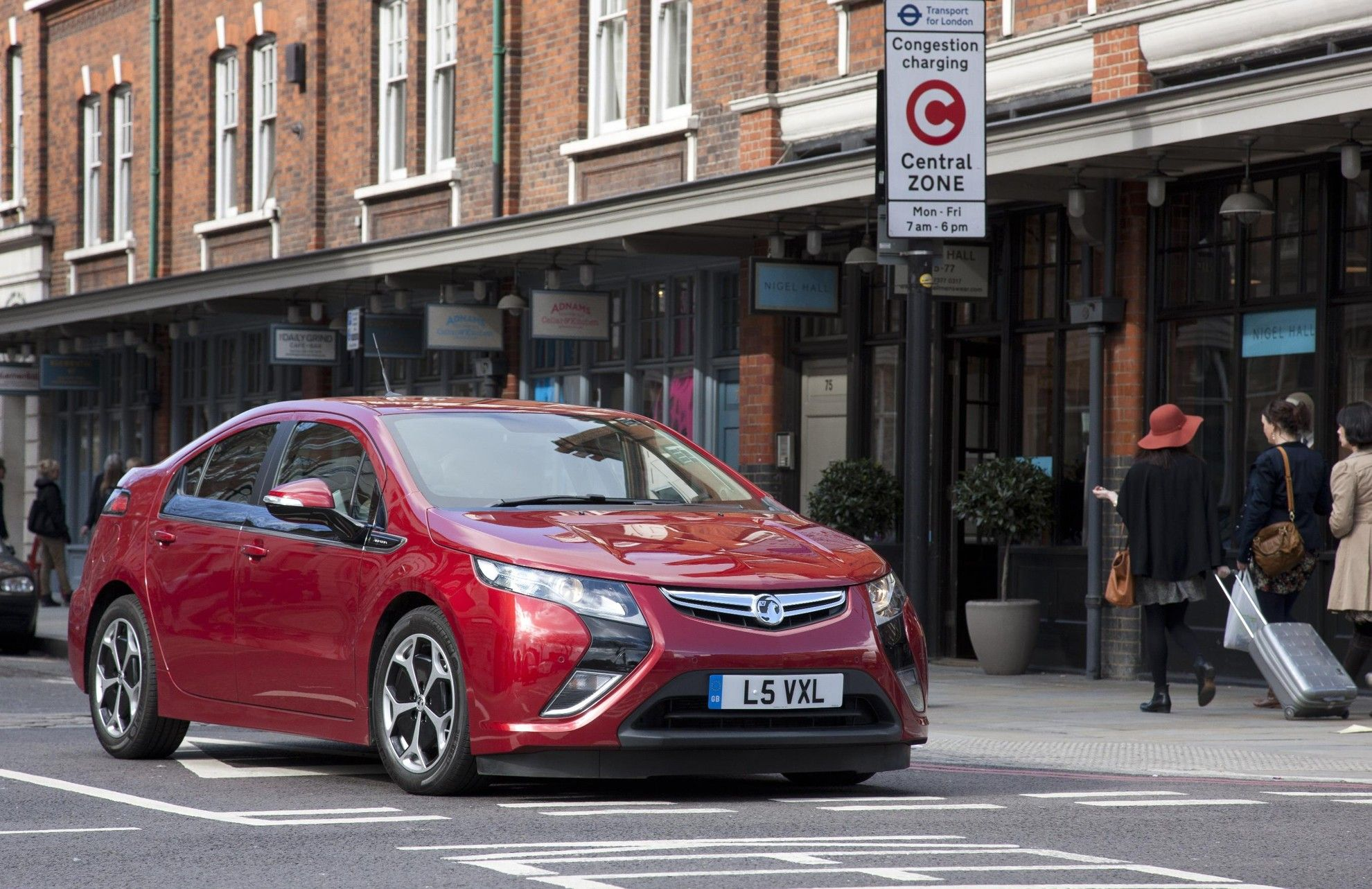Vauxhall Ampera Wins Business Car Eco Gong