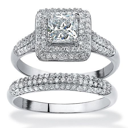 Incroyable The Never Fail Elegance Of This Cubic Zirconia Two Piece Wedding Ring Set  Dazzles
