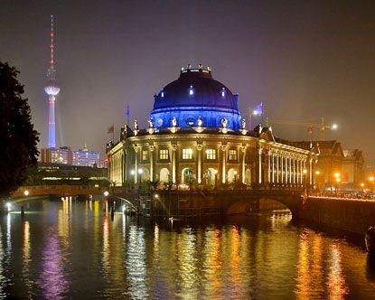 Museum Island Pergamon Museum Museums In Berlin Museum Island Germany Berlin