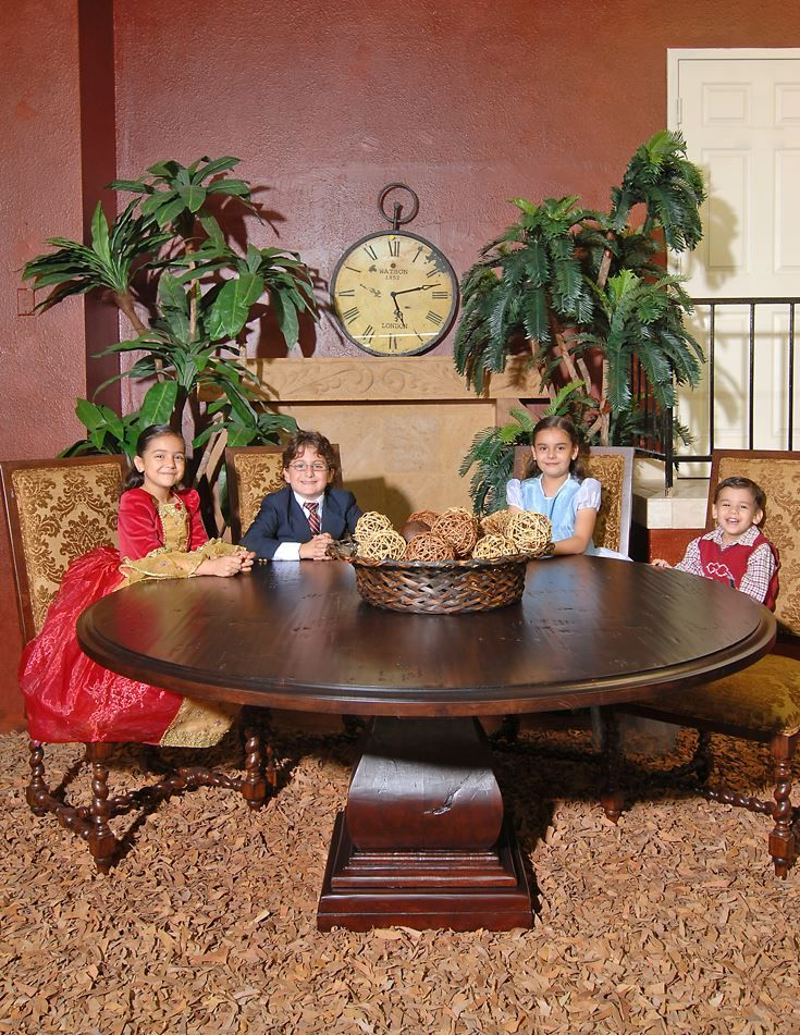 Round Mesquite Dining Table with Beveled Edge Comedor Pinterest