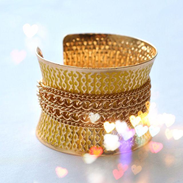 Chain cuff in yellow! #jewelry