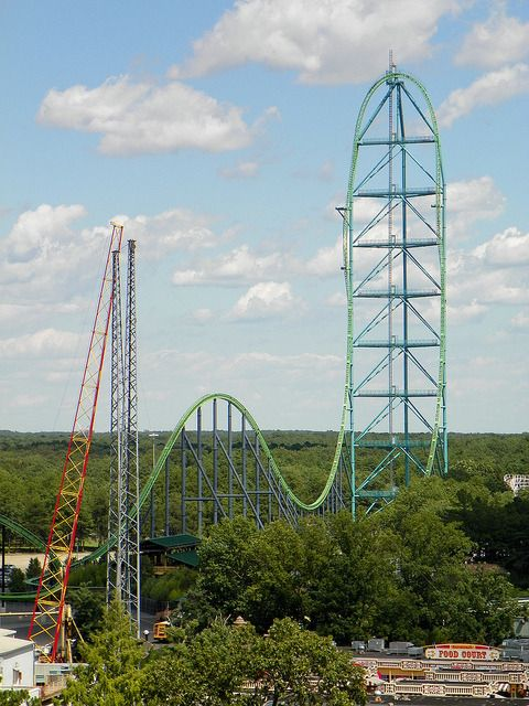 10 Roller Coasters That Defy Death Roller Coaster Fastest Roller Coaster Six Flags Great Adventure