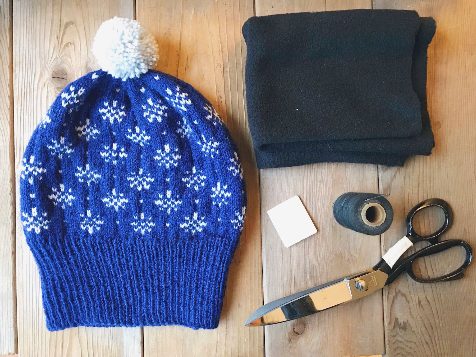 how to line a knitted hat with fleece