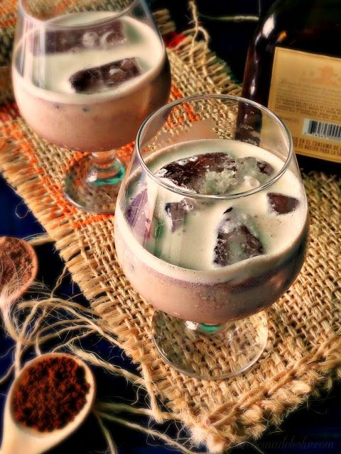 Homemade Crema de Tequila - lacocinadeleslie.com