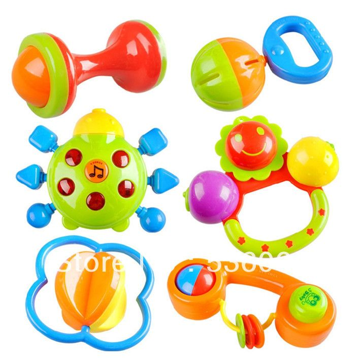 Rattles & other baby toys [3-5 pieces] | Baby Essentials ...