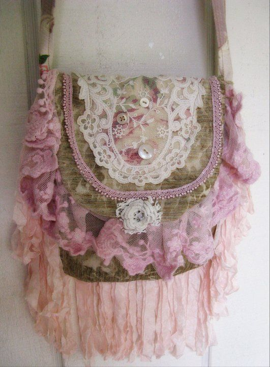 Shabby Chic purse.