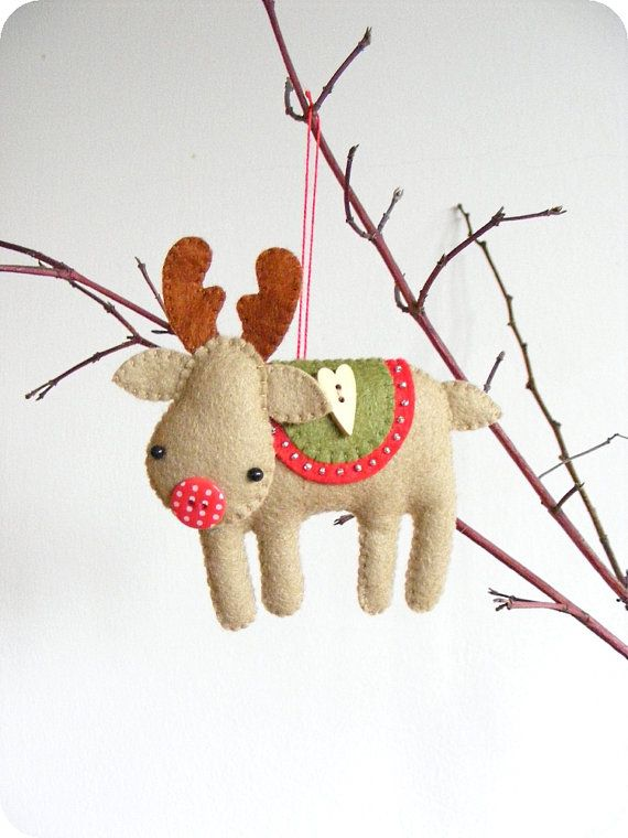 PDF pattern - Rudolph the red-nosed reindeer. Felt Christmas tree ...
