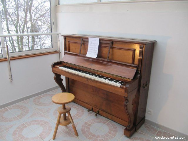 Piano Droit Ancien J Lary Piano Droit Piano Annonce