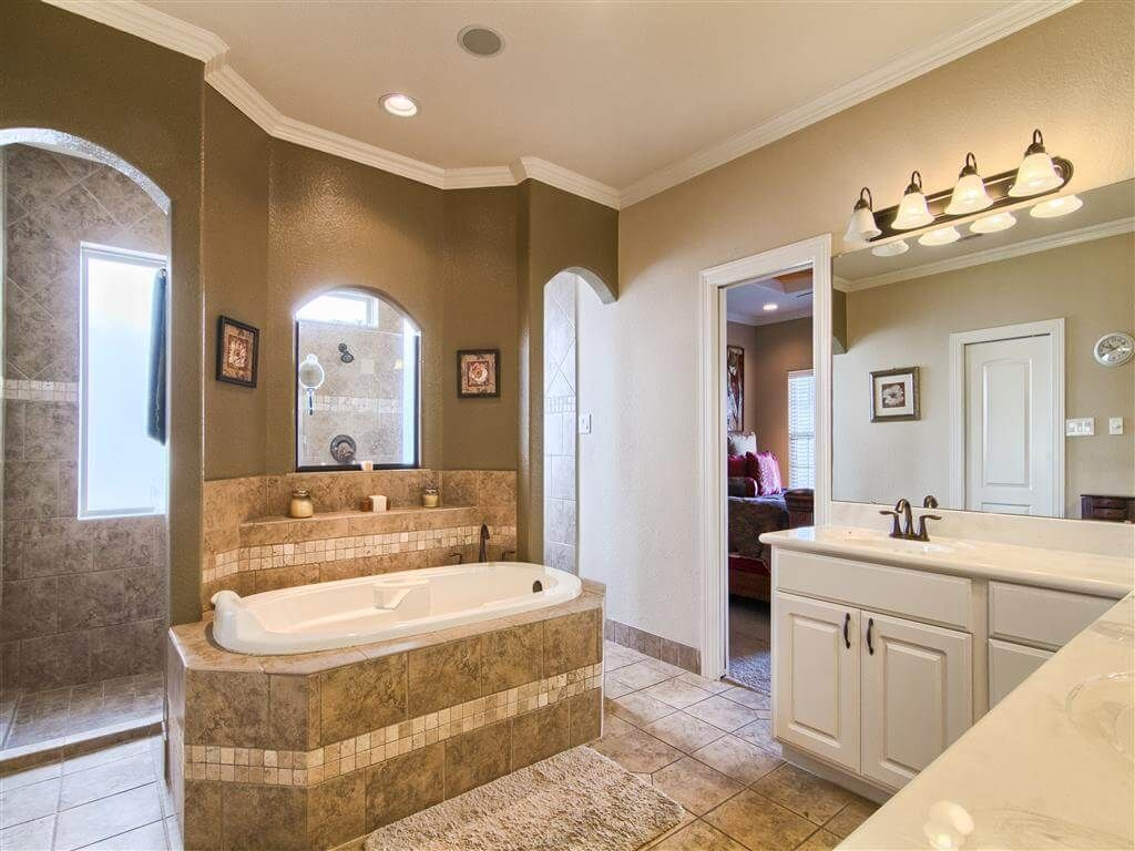 154+ Great Bathroom Ideas and Designs for Every Budget ... on Great Bathroom Ideas  id=97918