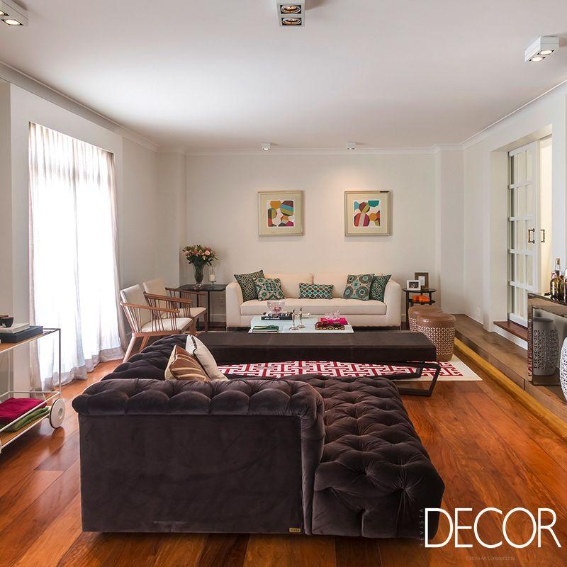 Renovação de apartamento propõe reorganização de peças para valorizar a ergonomia e, ainda, estilo minimalista ao décor. Assinada pelo escritório Lnormand.Interiores, a unidade corresponde às necessidades do jovem casal de moradores.