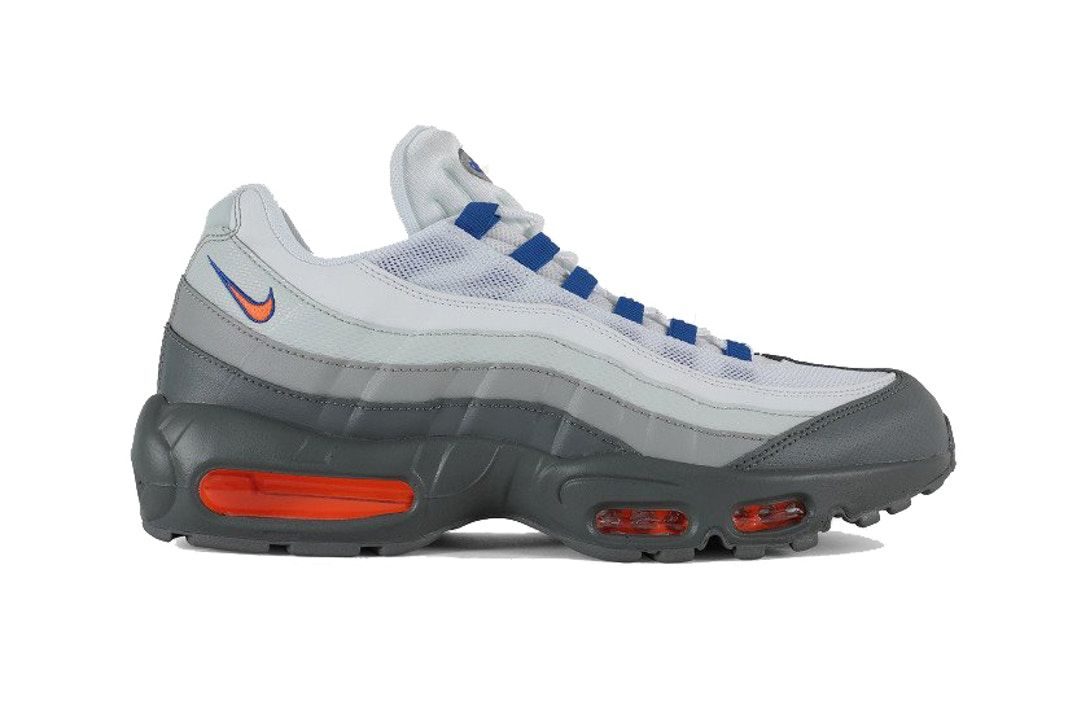 best sneakers e859c c0fb3 Nike Air Max 95 Essential
