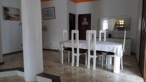 Casa na Orla de Atalaia, Aracaju-SE Aracaju Casa na Orla de Atalaia, Aracaju-SE is a holiday home located in Aracaju, 200 metres from Sergipe Cultural and Art Centre. The property boasts views of the pool and is 400 metres from Atalaia Events Square.  The kitchen features an oven.