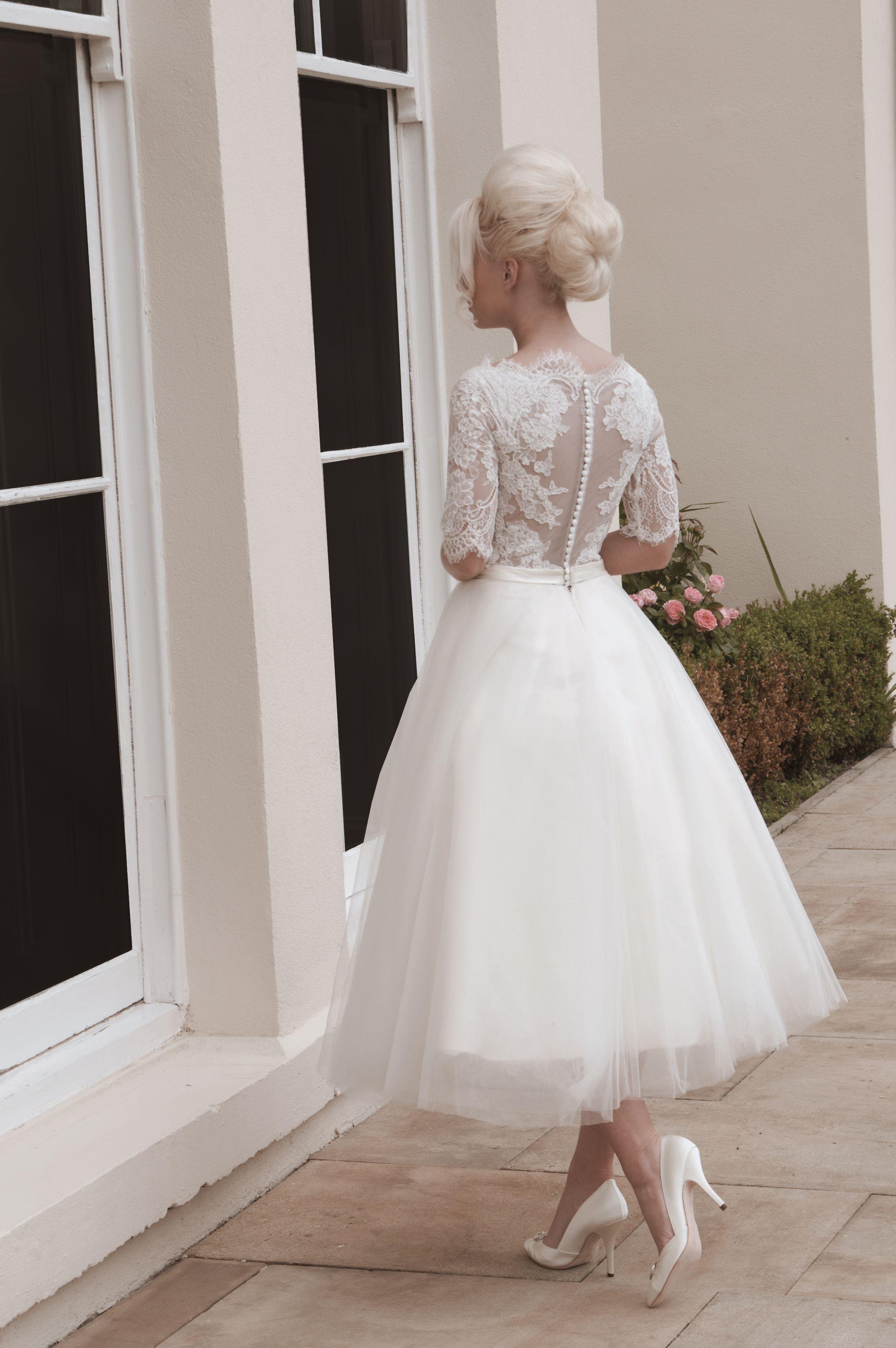 Darla Beautiful Soft And Feminine Tulle And Lace Short Calf Length Wedding Dress Darla Has Subtle De Short Wedding Dress Tulle Wedding Dress Wedding Dresses [ 3585 x 2382 Pixel ]