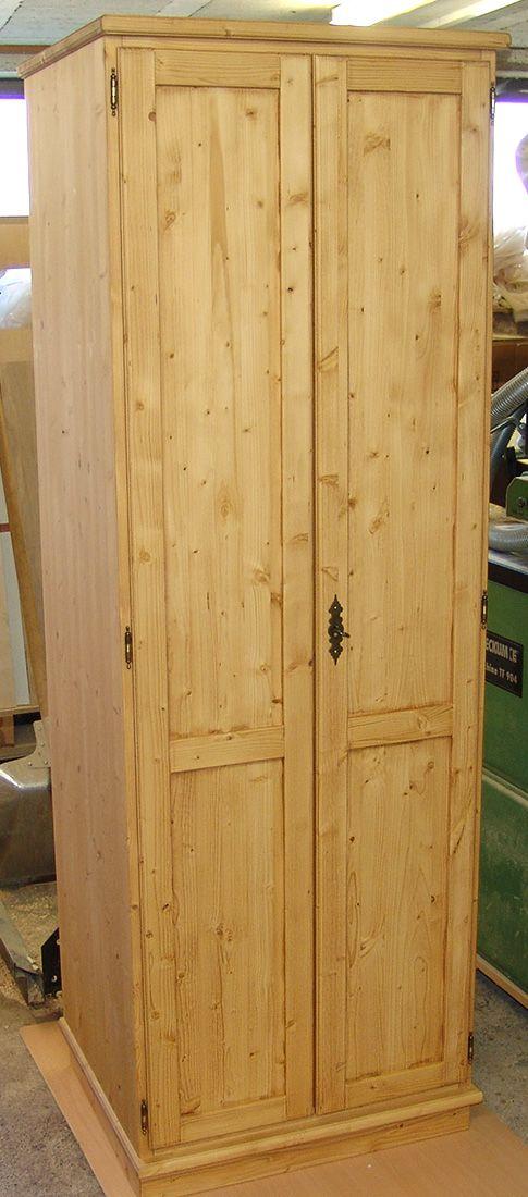Schrank Aus Fichte Massiv Altholzoptik Einrichtungen Aus Holz