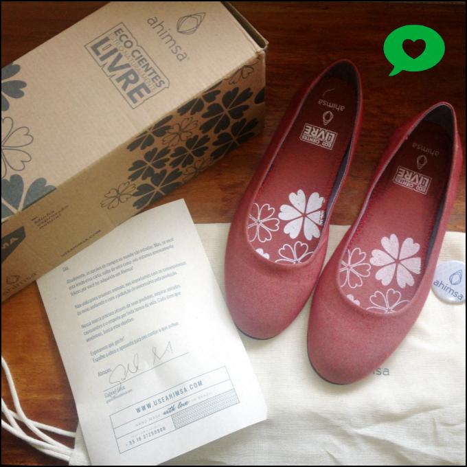 a Litza Mattos, autora do Blog Moda Verde (um guia de produtos e serviços para quem quer ser mais ecologicamente correto), comprou nossa sapatilha arama, gostou, aprovou e fez um post lindo  ♡  nós adoramos!  olha o que ela escreveu: http://bit.ly/1qYsJ49 vale a pena conhecer ;)