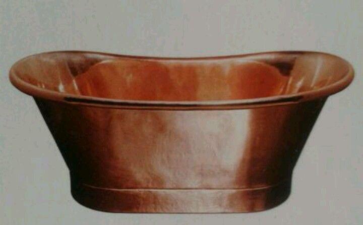 Copper bath l bcdesigns.co.uk