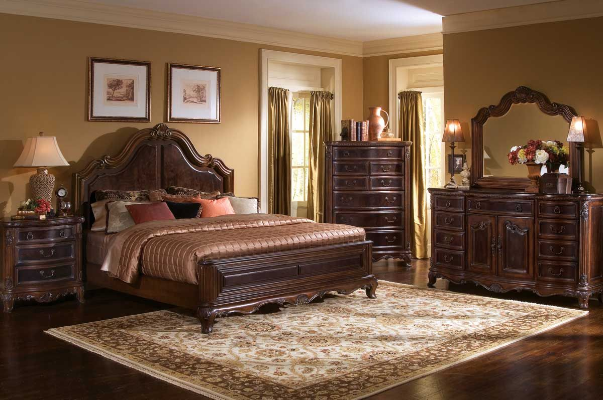 Luxury Bedroom Furniture for Your Expensive Bedroom Interior ...