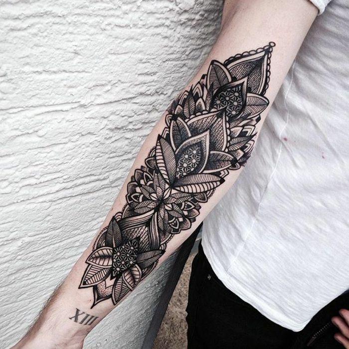 1001 ideen f r mandala tattoo f r m nner und frauen trends pinterest tattoo. Black Bedroom Furniture Sets. Home Design Ideas