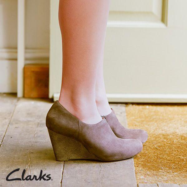 clarks womens shooties