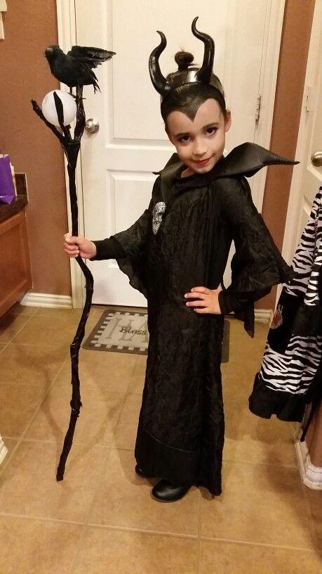 8ddc9562ec6d1 My Maleficent with homemade staff Maleficent Costume Kids, Malificent  Costume, Maleficent Makeup, Villain