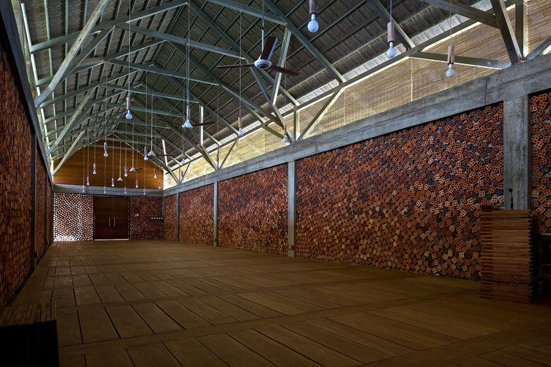 KHMERESQUE, 2012 - Archium