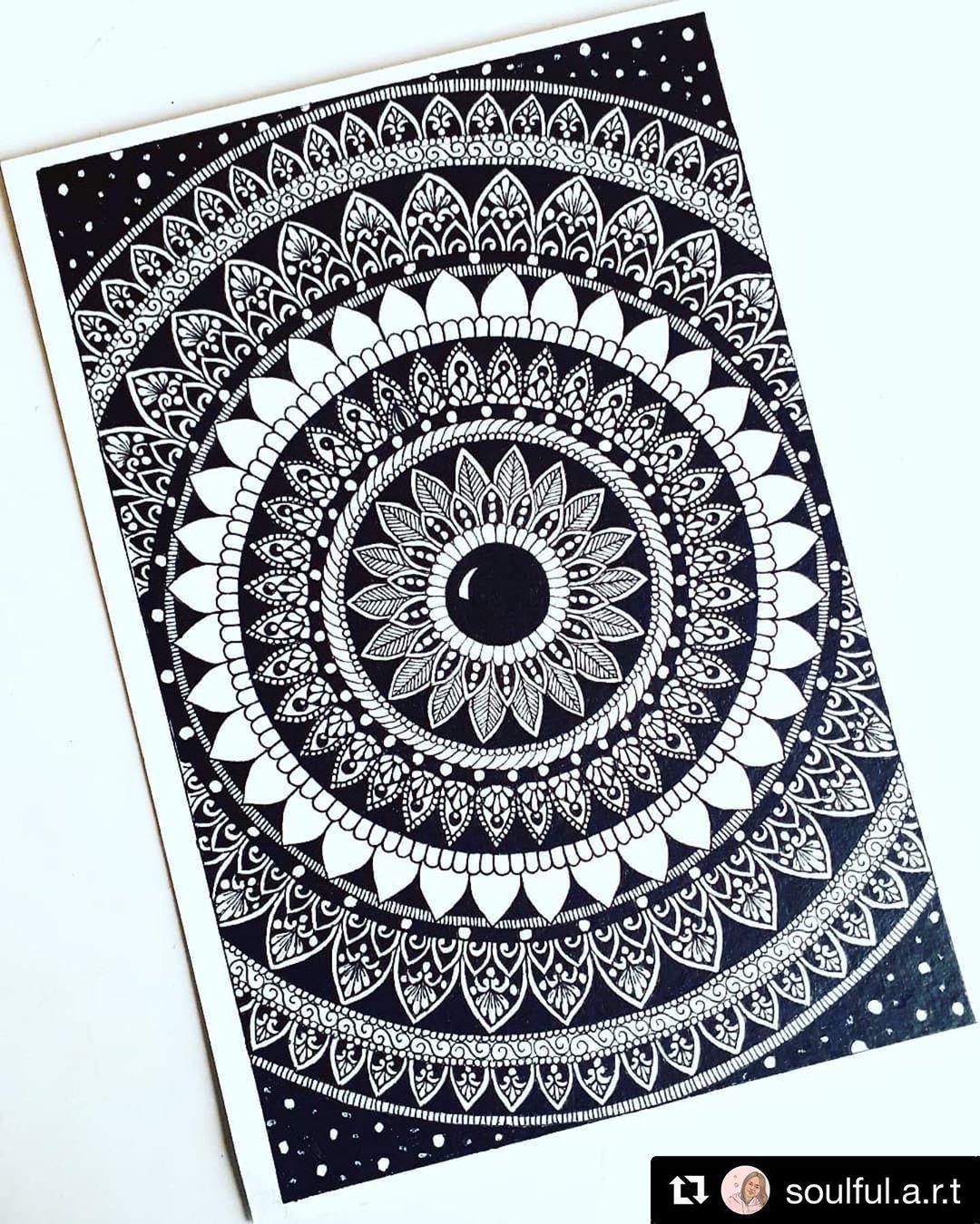Pin By Love Sugar On Mandala Drawing In 2020 Mandala Art Lesson Mandala Design Art Mandala Art