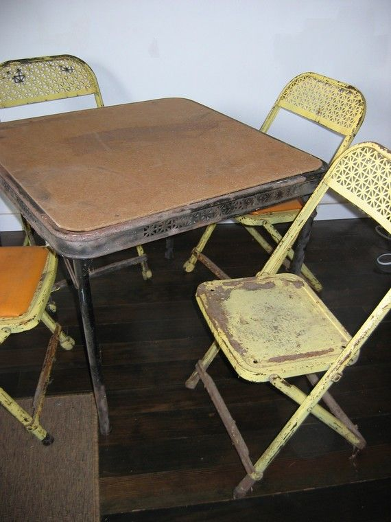 50 S Metal Folding Chairs And Table Child S Vintage 4 Chairs And A Card Table Rare Mid Century Modern Kitsch Card Table And Chairs Chair Rocking Chair Pads