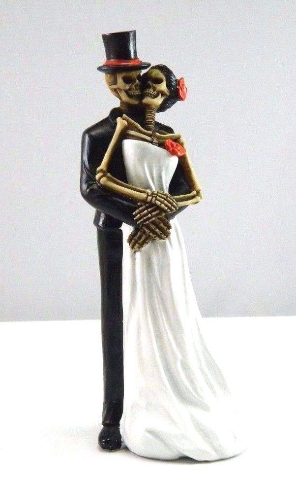 Day of The Dead Wedding Dance Couple Bride and Groom Figurine DOD Skeleton Skull
