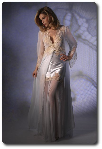 1c68fdb9e134 Silk Georgette Negligee - Jane Woolrich 2582