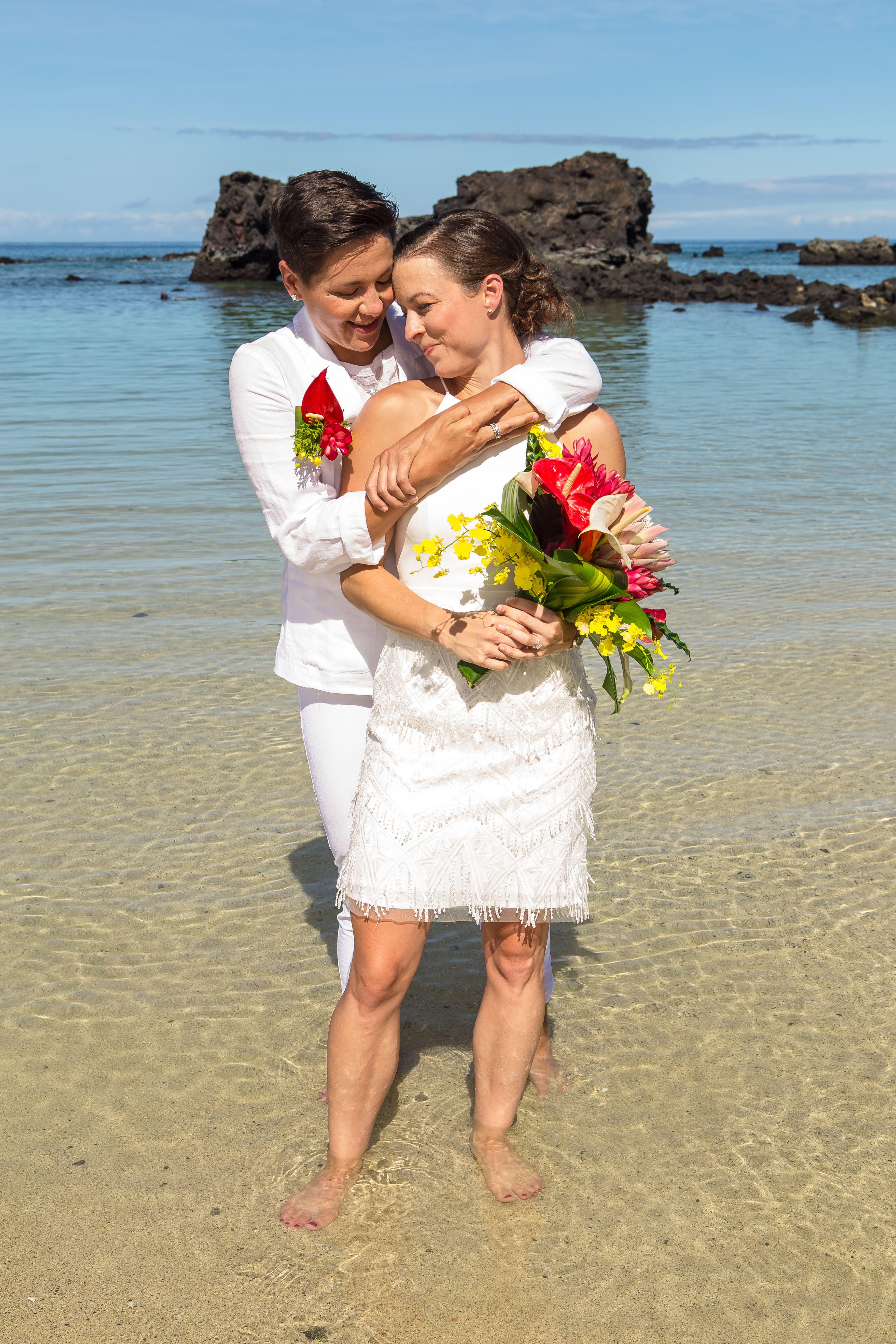Kikaua Point Beach Wedding Hawaii Hawaii wedding, Hawaii