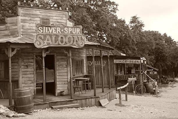 list of synonyms and antonyms of the word old west saloon