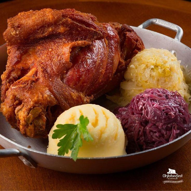 comida tipica blumenau foto por instagram @oktoberfest_blumenau rk motors