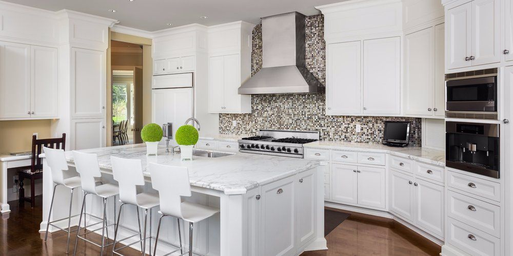 7 kitchen upgrades under 5 000 that will increase the value of your home white shaker kitchen on kitchen remodel under 5000 id=22665