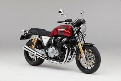 Il-Trafiletto: Moto sportiva Honda CB1100RS grinta e solidità