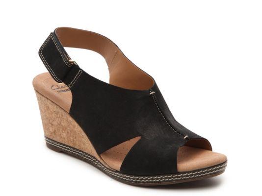 Women's Clarks Helio Float Wedge Sandal - Black