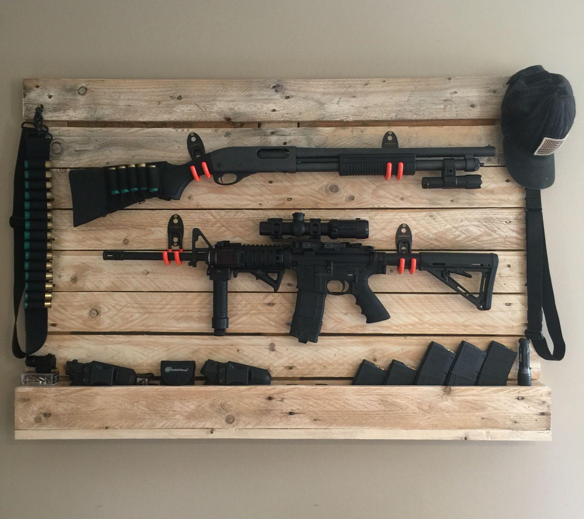 Pallet gun rack   Guns n knives   Pinterest   Guns ...