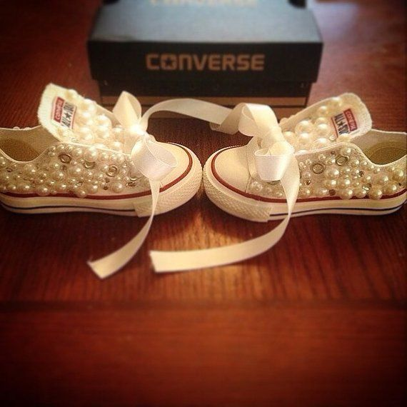 7170a5e5b8657 Pearl infant and toddler converse low tops